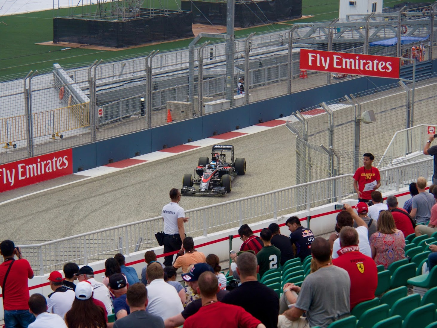 F1 Singapore GP Practice 1