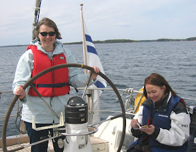 Photo: Pirkko ruorissa 3:-) ja Katja