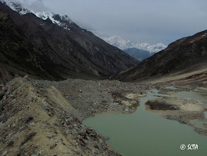 Photo: On the left lateral moraine of Lawan Glacier. This glacial pool is clearly visible in google map/earth