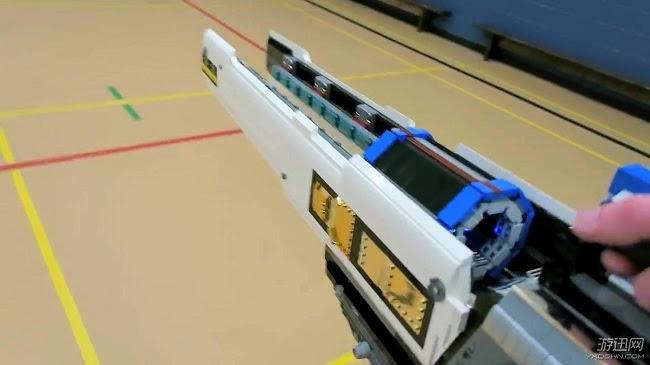 Chế tạo vũ khí trong Overwatch cực chất với LEGO