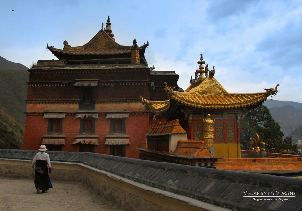 O MOSTEIRO DE LABRANG (AMDO) Budismo tibetano em Xiahé   China