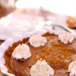 Chocolate Mousse Pie With Biscoff Crust.