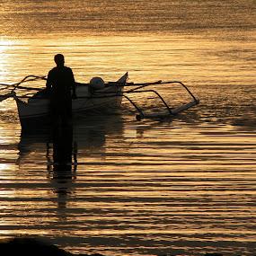 Sunrise in Simala by Bob White - People Professional People ( fishermen, silhouette, boats, sea, phillipines, sunrise, sun, , #GARYFONGDRAMATICLIGHT, #WTFBOBDAVIS )