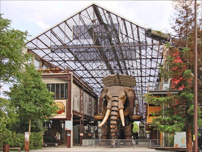 File:La galerie des machines (île de Nantes) (7162972497).jpg - Wikimedia  Commons