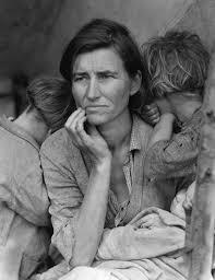 Fotografia de família em situação de miséria em decorrência da Crise de 1929.