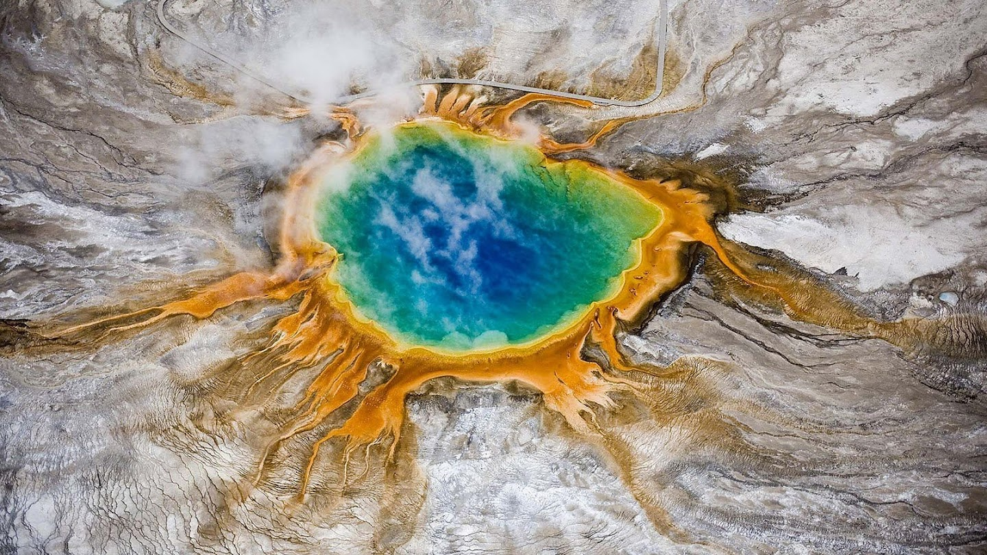 Watch Planet Earth: Yellowstone live