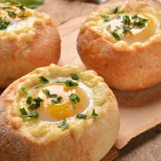 Breakfast Egg Bread Bowls