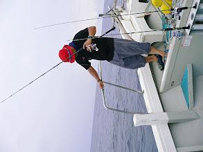 Photo: ・・・デカかった。 ラインを切られ落ち込むキタノさん。