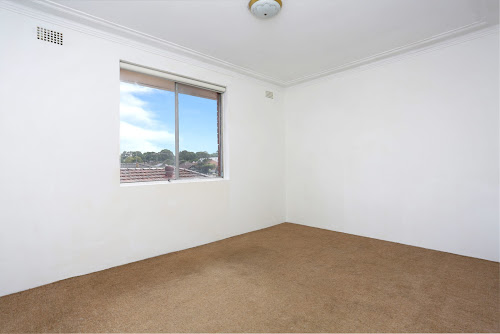 Photo of property at 4/29 Pine Street, Marrickville 2204