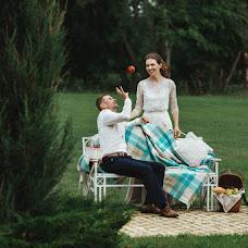 Wedding photographer Anna Kazakova (BESSOMNENIY). Photo of 11.07.2018
