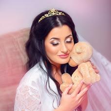 Wedding photographer Albina Krylova (Albina2013). Photo of 03.04.2016