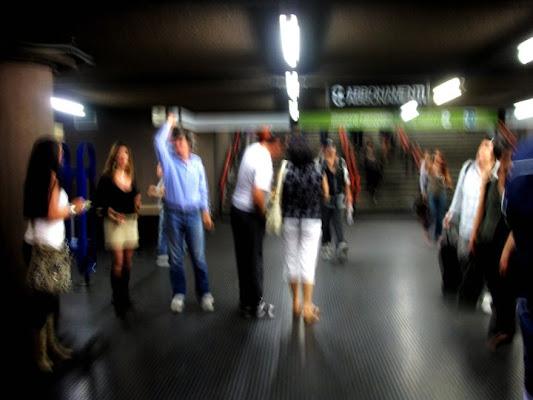 Aspettando la metro... di CafèNoir