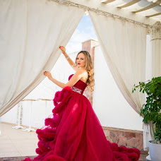 Wedding photographer Elena Markova (markova). Photo of 18.04.2017