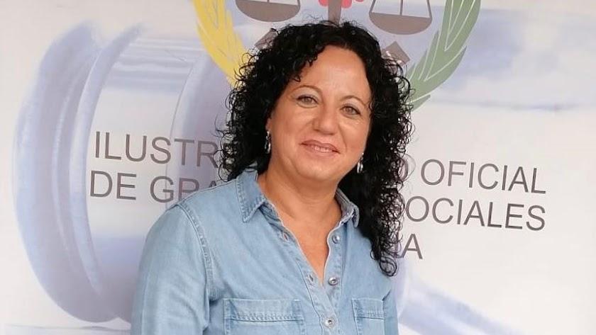 La presidenta de los graduados sociales de Almería, María del Mar Ayala. La voz