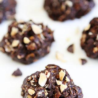 No-Bake Dark Chocolate Almond Cookies