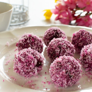 Beetroot Bliss Balls (Vegan and Paleo Recipe) Recipe
