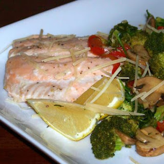 Heart Healthy Salmon With Savory Mushrooms and Broccoli