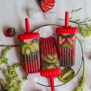 Strawberry Kiwi Chocolate Pudding Popsicles ( 6 Popsicles)