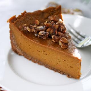 Vegan Pumpkin Pie Praline in Coconut-Pecan Crust