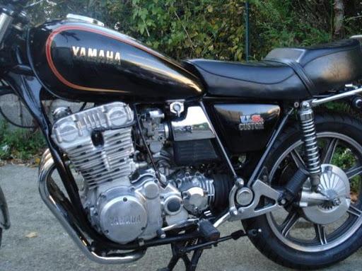 yamaha-750-xs-chez-machines-et-moteurs-le-specialiste-des-norton-et-triumph
