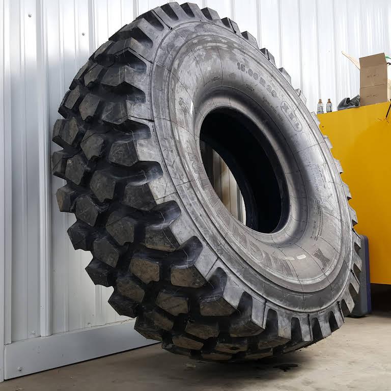 Feltz Tire, LLC - Surplus Military Tires & Wheels