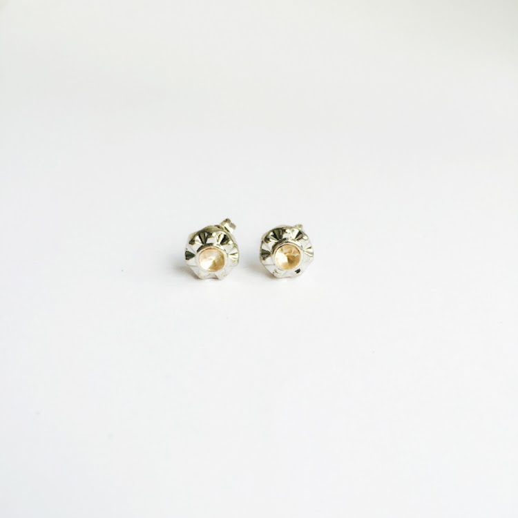 E003_S - S. Sunburst Crystal Stud Earrings