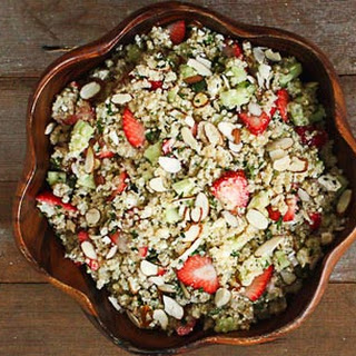Quinoa Salad with Strawberries, Almonds and Mint