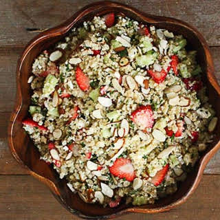 Quinoa Salad with Strawberries, Almonds and Mint.