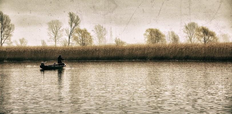 Alba sul lago di luly972