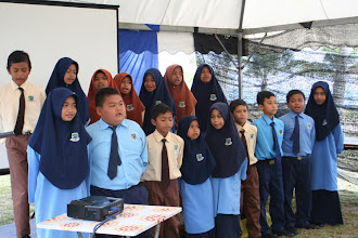 Photo: Students from local school blessing us with their lovely singing, as part of the launching ceremony