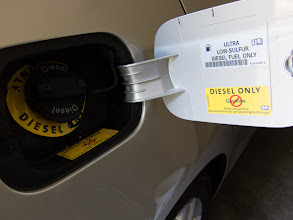 Photo: Warning-Diesel Only