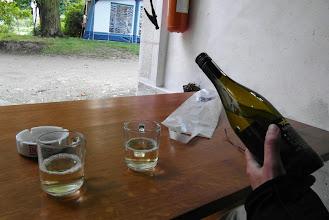 Photo: Wyśmienite winko w podłych szklanicach ;-)
