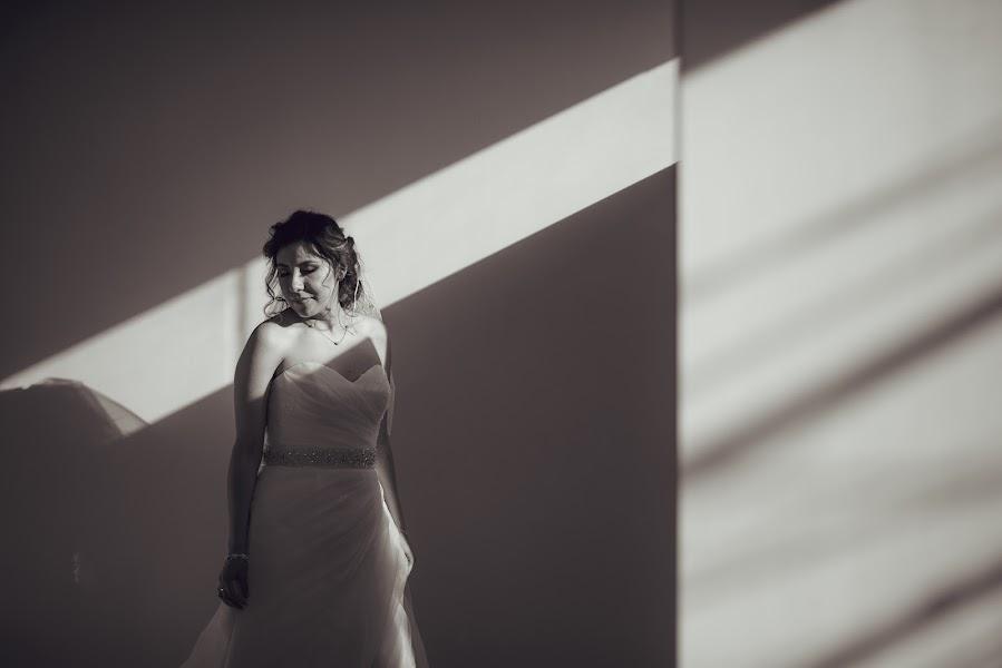 Wedding photographer Valery Garnica (focusmilebodas2). Photo of 20.06.2017