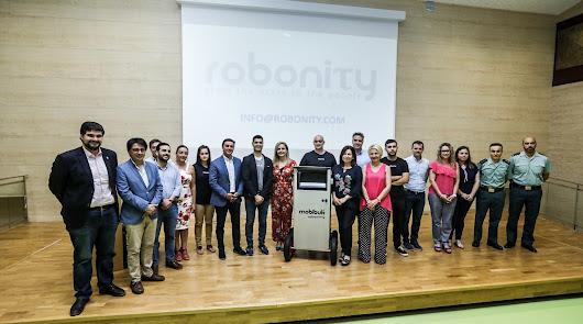 El Ayuntamiento apoya a la 'startup' almeriense Robonity