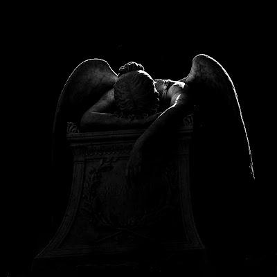 L ' ANGELO DELLA RESURREZIONE