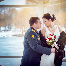 Wedding photographer Anzhelika Denisova (LikaDen). Photo of 14.02.2014