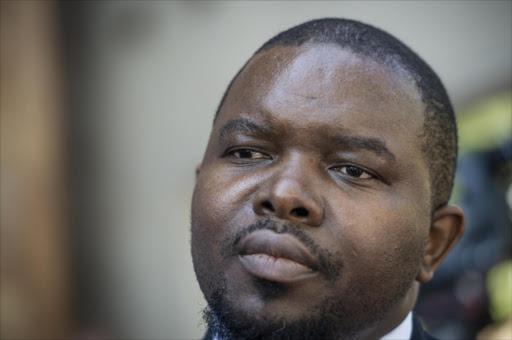 Die termyn van die adjunk-openbare beskermer eindig binnekort - maar hy kan nog sewe jaar uitdien - SowetanLIVE Sunday World