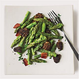 Smoky Asparagus and Mushroom Sauté