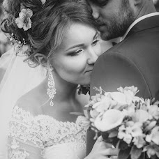 Wedding photographer Ekaterina Levickaya (katyaLev). Photo of 31.08.2016