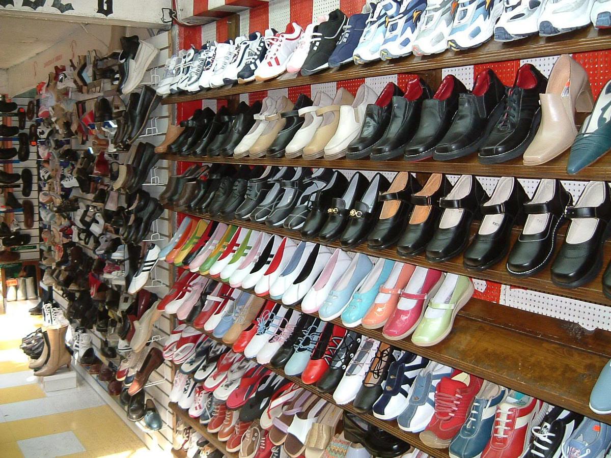 Giày dép nữ cao cấp có nhiều kiểu dáng