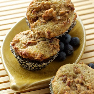 Blueberry Flax Streusel Muffins