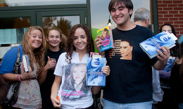 Album archive hilary duff at books and greetings christine unanue with a magazine and friends photos by tom hart m4hsunfo