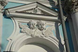 Photo: Creepy cherubs - St. Petersburg, Russia