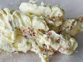 BACON BLUE CHEESE BUTTER2-3 cooked crumbled bacon,2tbls blue cheese crumbles. Mix in softened butter...