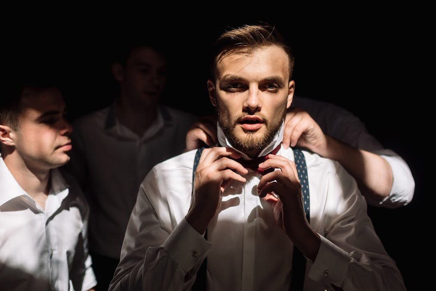 Wedding photographer Dmitriy Gvozdik (Gvo3D). Photo of 11.03.2016