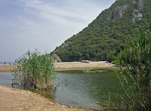 Photo: Beach and river bank of old Olympos ********** Strand en oude riviermonding van Olympos.