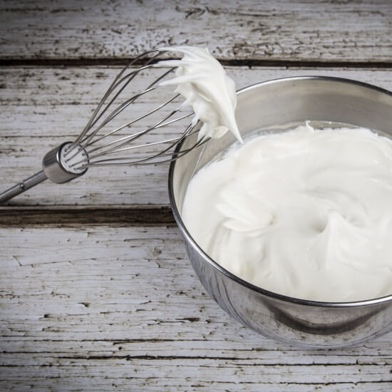 How to Make Homemade Whipped Cream - Paleo and Raw Recipe
