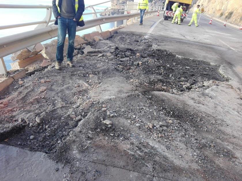 Caída de piedras en la Carretera de Aguadulce