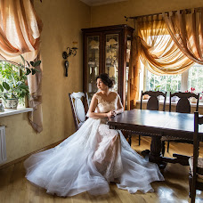 Wedding photographer Nadezhda Laguta (Laguta). Photo of 20.12.2017