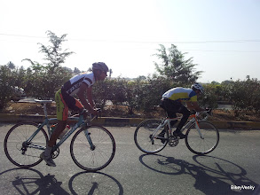 Photo: Trek FF and Naesar riders in the peloton..